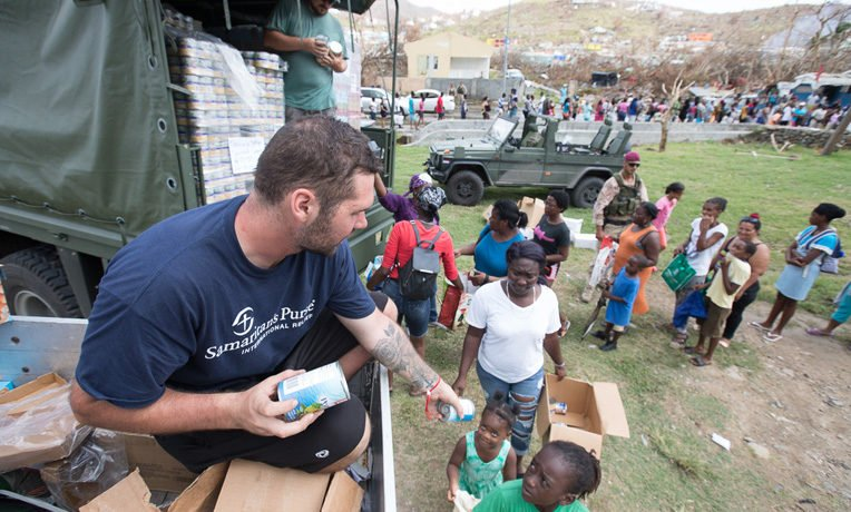 Families in St. Martin are grateful to receive food and relief supplies from Samaritan's Purse. We are also airlifting items such as blankets, hygiene kits, shelter plastic, and water purification units.