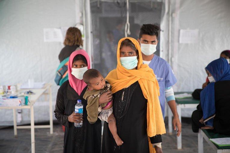 Shofika and her family prepare to return home.